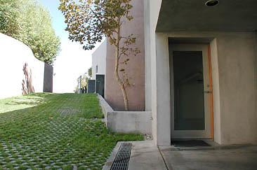 Exterior Garage 01-03