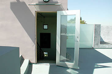 Exterior Top Deck 01-06