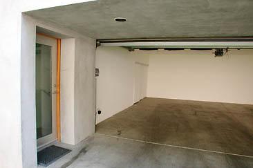 Exterior Garage 01-04