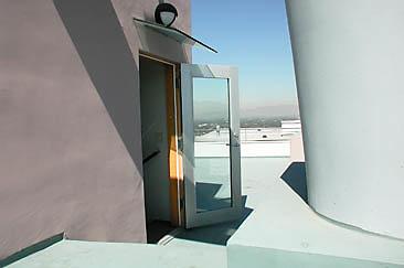 Exterior Top Deck 01-05