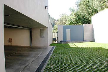 Exterior Garage 01-07