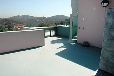 Exterior Top Deck 01-02