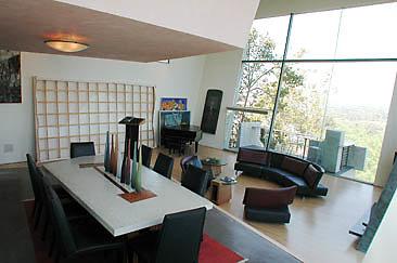 Interior Dining 01-01