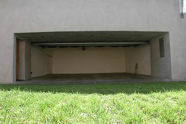 Exterior Garage 01-06