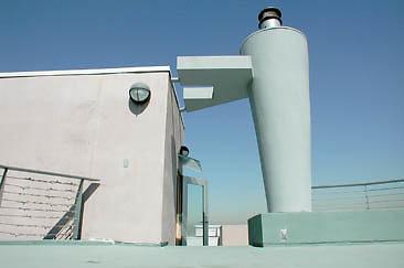 Exterior Top Deck 01-01