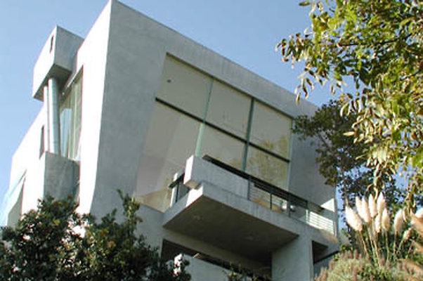 Exterior Front 01-01