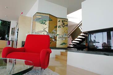 Burg Int Living Room 01-04