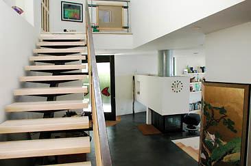 Burg Int Foyer 01-07