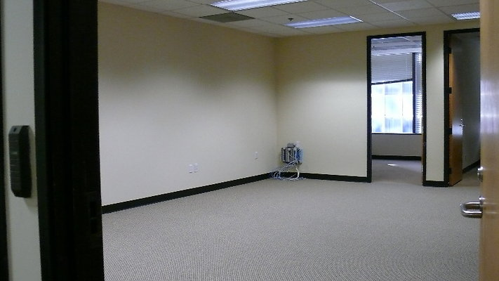 EWLOC WilshireBlvdOffices 430