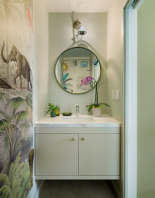 8 Powder Room