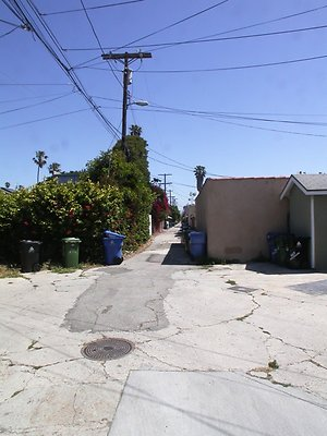 5250 alley2