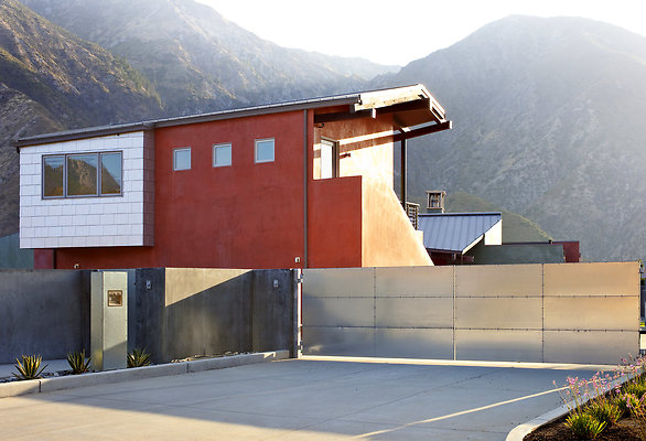 eastwestlocationsinc2150 Big T Exterior 09 - Los Angeles Residence, Constructed by Landshapes