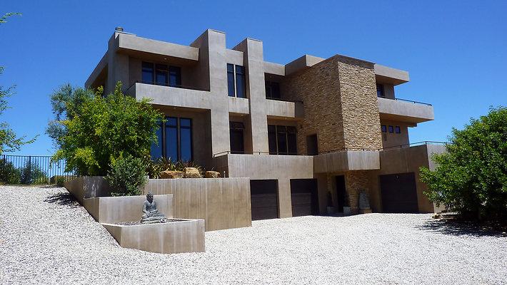 ewllocationsincCorsham House Front 3