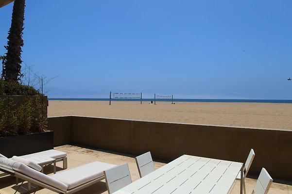 EWLOC BEACH-084 039
